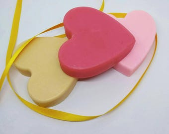 Soap gift set - Heart shaped soaps - Valentines Day soap - Romantic soaps - Soap for mum - Mothers Day soap - Soap to give away - Woman soap