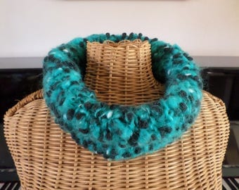 turquoise and black snood