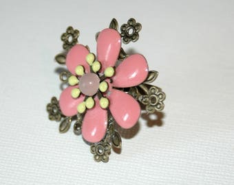 """Ring """"flower"""" in brass and enameled metal rose"""