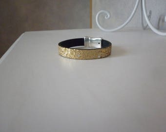 gold glitter leather strap and magnetic stars