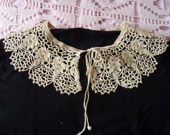 Collar Romantiique Beige lace ancient Style