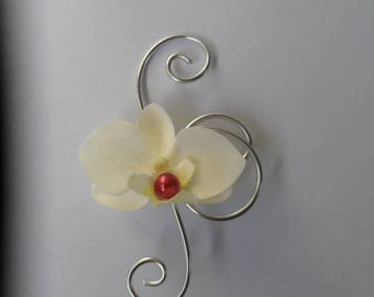 Buttonhole - brooch wedding ivory and Burgundy silver