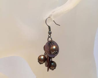 Brown pearl beads earrings