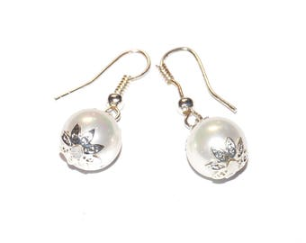 Earrings - White Pearl beads