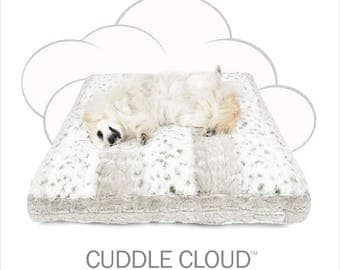 "Peluche Plush Cuddle Cloud Snow Leopard Dog Bed - 24"" Square"