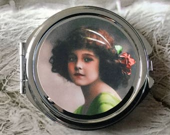 Glass cabochon silver old round Pocket mirror girl retro wreath