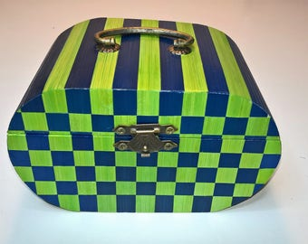 Prosperity box blue and green checkered