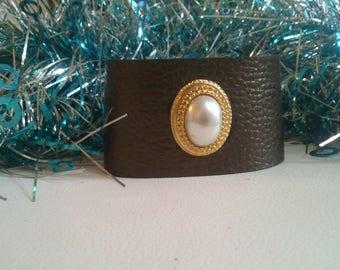 Large bronze leather bracelet