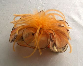 Fabric flower hairclip feathers and pearls 004