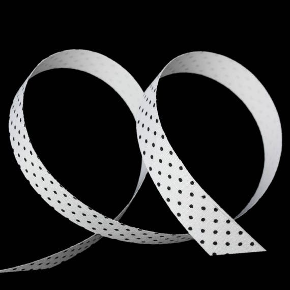 Roll of masking tape with dots - 15 mm wide