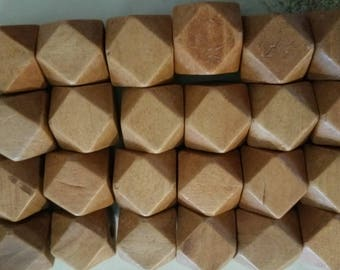 (Beige) wooden geometric beads