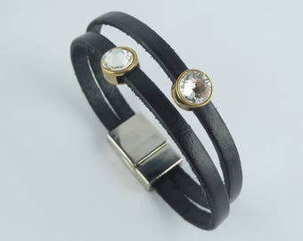 DISCRETION brand COCOLLANA women black leather bracelet
