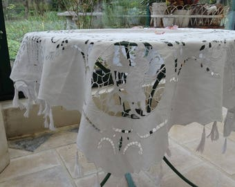 Antique French tea tablecloth with Angels decor, tablecloth with angels, lace tablecloth, small square, antique white tablecloth vintage tablecloth, tea