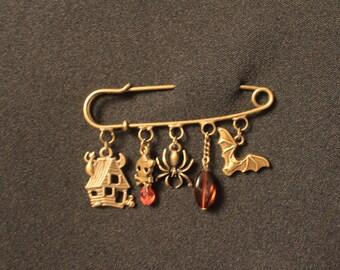 Happy Halloween bronze brooch pin