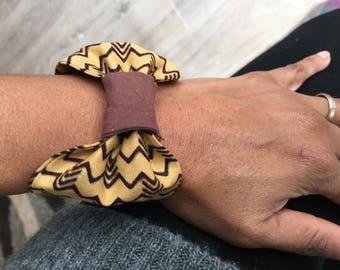 Bracelet wax fabric bow