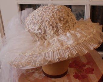 1980's Wedding Hat With Veil