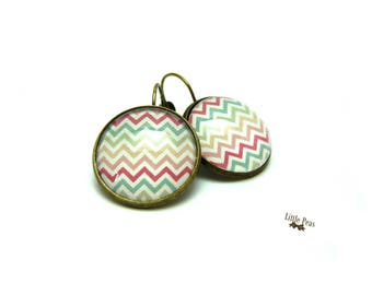 Chevron vintage glass dome earrings