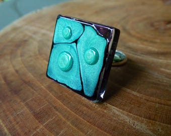 Violet and green square glass ring