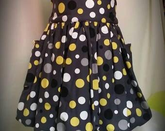 Dress 'balloon' child
