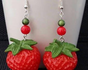 """Strawberry"" by 7cm"