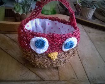 "A small basket very ""OWL"""