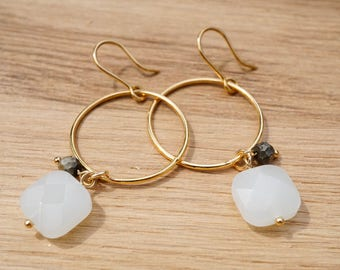 Opal, 14 k Gold-filled circles earrings