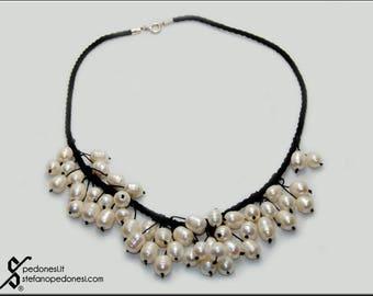 Collana cordino nero e perle coltivate in acqua dolce
