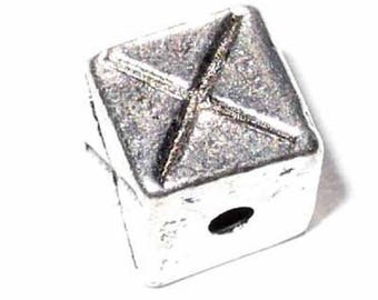 1 7x7mm - MC150 silver Cube bead