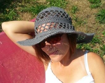 Capeline style hat with crochet 100% handmade