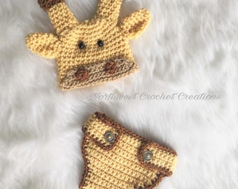 Giraffe Baby Set, Hat and Diaper Cover