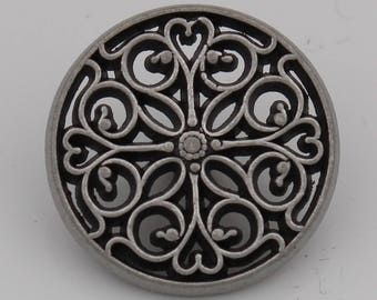 beautiful, vintage silver metal-button with a pretty pattern 18mm or 12mm (6 pieces)