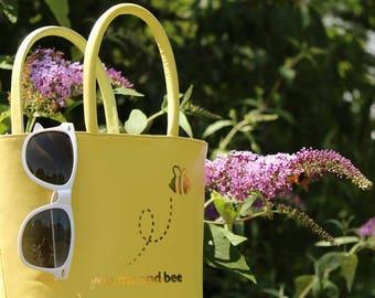 Sunflower Yellow Bee