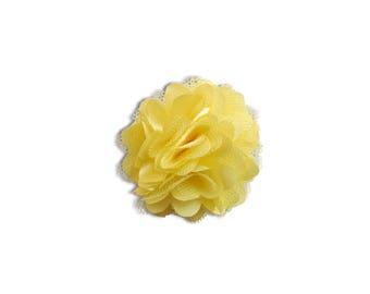 Beautiful lace - pale yellow flower