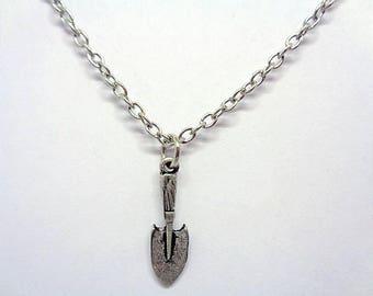 Handmade Gift Ideas Antique Silver Plated Shovel Spade Gardening Necklace