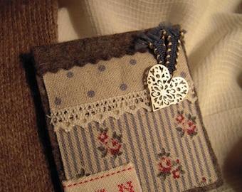 "Fabric brooch felt and cotton ""Cap Ferret"""