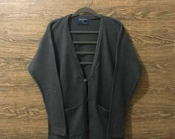 Sale Vintage Woolrich sweatshirt/Nice design/Size on tag Medium.