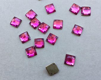 Sewing rhinestones Fuchsia square 2 hole faceted 8 x 8 mm set of 10 rhinestone sewing (A42)