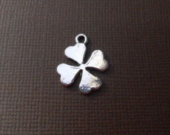 Charm or pendant in silver 4 leaf clover