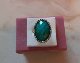 Emerald Green Adjustable ring (1)