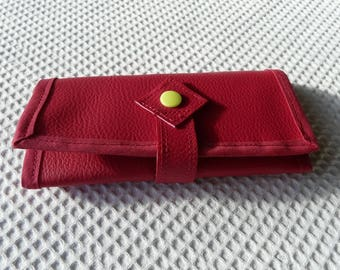 Case, pouch, slip into the purse