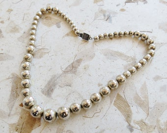 Vintage sterling silver graduated 17 inch bead necklace 6 mm to 12 mm
