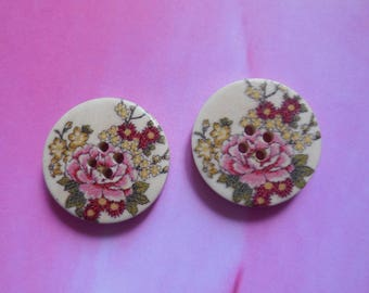 Set of 2 wooden buttons flower 30 mm in diameter