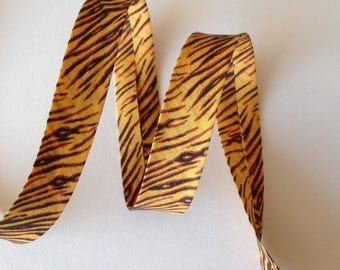 Through golden yellow tiger stripes and brown pre-folded 2cm