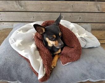 Plush blanket with stars/dog blanket