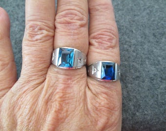 Solid 10kt. white gold  Men's Ring> Blue Sapphire or Blue Zircon, your choice!! > Sparkling CZ's> Vintage, never worn> Handsome & Rugged