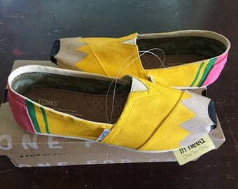 Toms Hand Painted PENCIL Shoes - Size 8