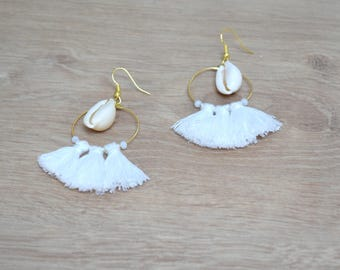 BO cowrie tassels, silver or gold