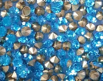 Set of 20 2.5 aquamarine blue glass rhinestones ~ 2.6 mm