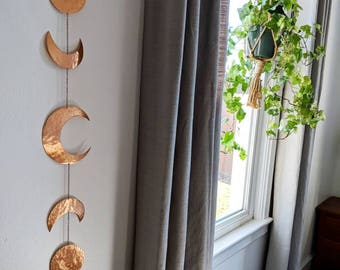 Moon Phases Wall Hanging / Metal Moon Decor / Moon Garland / Moon Phases / Lunar / Celestial / Moon Hanging / Altar Garland / Metal Moon