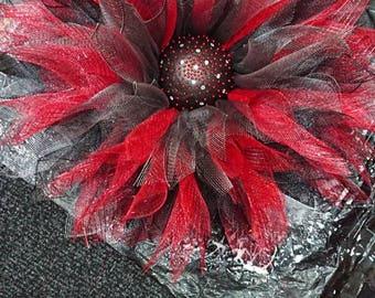 Beautiful deco mesh wreath wall hanger dahlia flower